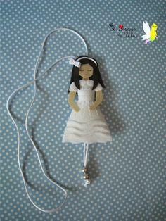 Collar muñeca comunión en fieltro personalizado