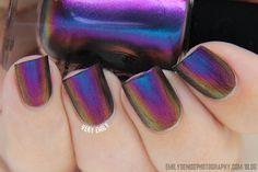 Very Emily » I Love Nail Polish – Ultra Chromes Swatches.  BIREFRINGENCE (shown underwater to see entire color shift)