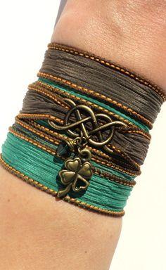 Infinity Seidenpackung Armband Lucky Four von BohemianEarthDesigns