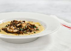 Polenta with mushrooms & caramelized onions
