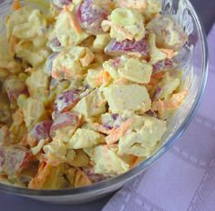Ham And Egg Salad Recipe- for all of that leftover holiday ham Ham And Eggs, Raw Food Recipes, Soup Recipes, Salad Recipes, Beach Meals, Egg Salad, Food Salad, Recipe Details, Vegetable Salad