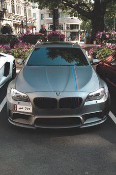 BMW worlds best car right there! E60 Bmw, Bmw M5, Bmw X5 F15, Auto Girls, Bmw Autos, Love Car, Bmw Cars, Sexy Cars, Amazing Cars