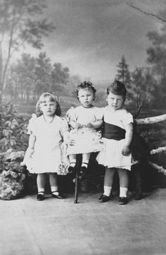 Alfred Alexander, Marie and Victoria Melita