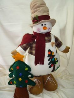 another great find on zulily flower snowmen couple figurine by ziabella zulilyfinds - PIPicStats Felt Christmas Decorations, Christmas Fabric, Christmas Love, Christmas Snowman, Christmas Ornaments, Snowman Crafts, Felt Crafts, Christmas Crafts, Diy Projects Handmade
