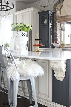 One thing about my home is that nothing stays the same for long. Our kitchen is one room that has gone through two big makeovers in six years. I plan on sharing the biggest design mistakes I made in here and how I fixed it. But first, let me give our Colorado kitchen a formal …
