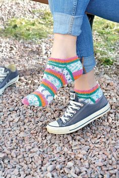 Stretches, High Tops, High Top Sneakers, Shoes, Clever, Crafts, Fashion, Threading, Moda