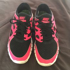 Hot pink and black nike free 2 Woman size 9 Nike free 2. Run small, fits like an 8.5. Worn a few times. Good condition. Thanks! Nike Shoes