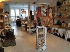 La Boutique Scandinave siège & showroom (sur rendez-vous)  8 rue Martel  F-75010 Paris  France  tél  01 40 22 02 67  fax  01 42 46 72 70  courriel andreas@laboutiquescandinave.com
