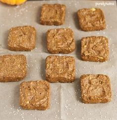 flourless pumpkin chia seed blondies     1 medium ripe plantain (7oz or 200g once peeled)     1 cup pumpkin (8oz)     2 tablespoons chia seeds     1/2 teaspoon baking soda     1 teaspoon baking powder     1 1/4 teaspoon cinnamon     1/8 teaspoon cloves     1/4 teaspoon ground ginger     1/4 teaspoon nutmeg     1/4 cup coconut sugar (1 1/4oz)     2 tablespoons coconut oil (1oz), liquid