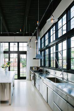Stainless steel kitchen - so beautiful!
