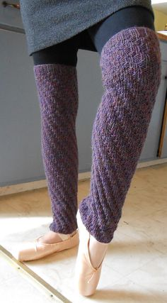 Free Knitting Pattern for Spiral Rib Legwarmers - Easy modern leg warmers by Purl Soho. Pictured project by stacyurban