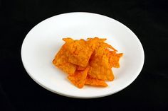 Doritos – 41 grams - Photos Of 200 Calories On One Plate Best of Web Shrine Doritos, 200 Calories, Bacon Frit, 200 Calorie Meals, Snack Recipes, Healthy Recipes, Healthy Foods, Keto Recipes, Cooking