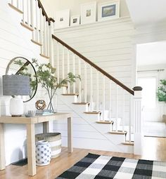 80 modern farmhouse staircase decor ideas 53 home in 2019 дизайн дома, дачн Entryway Stairs, Rustic Entryway, Modern Entryway, Modern Farmhouse Decor, Entryway Decor, Entryway Ideas, Farmhouse Ideas, Farmhouse Design, Basement Stairs