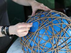 How to Make a Sisal Rope Pendant Light - Stacha Styles Diy Lustre, Diy Luz, Rope Pendant Light, Pendant Lighting, Rope Lighting, Lighting Ideas, Diy Luminaire, Sphere Light, Diy Light Fixtures