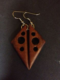 Kamani Wood earrings by CoastalEco on Etsy Metal Clay Jewelry, Wooden Jewelry, Wood Carving Designs, Wood Stone, Wood Earrings, Bijoux Diy, Gourd, Wooden Diy, Dremel