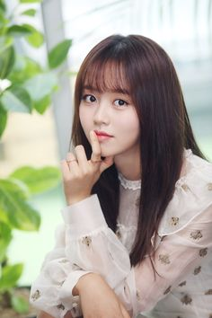 Brought to you by Viu, leading actress for 'Bring It On, Ghost' will be visiting Singapore for the very first time ever! Fans of Kim So Hyun will be able to meet the actress this Octobe… Cute Korean Girl, Asian Girl, Kim Joo Jung, Kim Son, Kim So Hyun Fashion, Afro, Cute Girl Image, Korean People, Soyeon