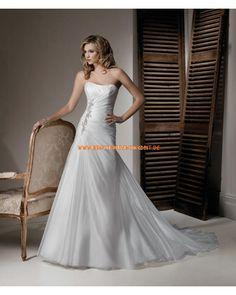 Romantisches elegantes Brautkleid aus Organza Bodenlang mit Schleppe Trägerlos