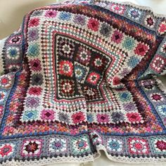 Finally managed to get some good photos of this blanket when we were staying at my sister's this weekend. I might make a second one with step by step instructions, if that is something anyone might be interested in. Crochet Square Blanket, Patchwork Blanket, Crochet Squares, Baby Blanket Crochet, Granny Squares, Granny Square Quilt, Crochet Blankets, Baby Blankets, Scrap Yarn Crochet