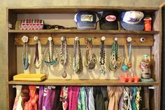 hang jewelry on knobs