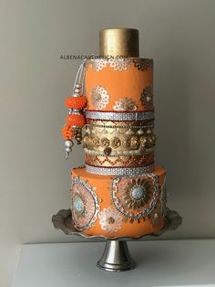 Beautiful Wedding Cake Knife through Wedding Cake Prices Derbyshire behind Wedding Cake Ideas Grooms of Wedding Wishes Images it is Wedding Guest Dresses Get That Trend Indian Cake, Indian Wedding Cakes, White Wedding Cakes, Elegant Wedding Cakes, Elegant Cakes, Indian Weddings, Purple Wedding, Gold Wedding, Extravagant Wedding Cakes