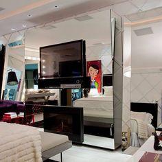 Lareiras... Ocultas ou a mostra, trazem calor, charme e elegância para qualquer casa ou apartamento. #formabella #formabellaflorianopolis #lareira #decoracao #arquitetura #interiores