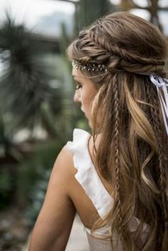 Love this hairstyle wedding hairstyles updo Wedding hairstyle, Wedding updo Wedding hairstyle trend, Bridal hair, Bridal inspiration, Wedding inspiration # brautfrisur Brautmode brautstyling brauthaare Veil Hairstyles, Wedding Hairstyles For Long Hair, Wedding Hair And Makeup, Hair Makeup, Hairstyle Wedding, Hippie Wedding Hair, Boho Bridal Hair, Braided Bridal Hairstyles, Boho Bridesmaid Hair
