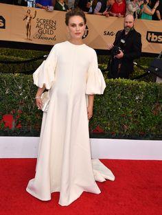 Natalie Portman so elegant!