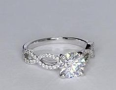 I really don't like circle cut diamonds, but I would make an exception for this one. ;)