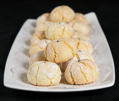 Amaretti Cookies (Italian Almond Cookies) said to be sweet, soft, and chewy. Cookie Desserts, Cookie Recipes, Snack Recipes, Dessert Recipes, Amaretti Cookie Recipe, Amaretti Cookies, Amaretti Biscuits, Tea Cakes, Italian Almond Cookies