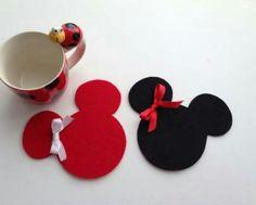 visual result on felt coaster – DIY Crafts Felt Coasters, Diy Coasters, Diy Home Crafts, Felt Crafts, Butterfly Felt, Wool Felt Fabric, Diy Crafts For Boyfriend, Felt Decorations, Sewing Art