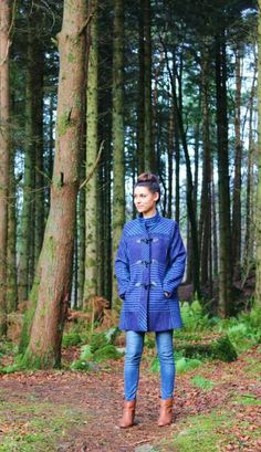 Check out the beautiful blue tweed jacket on blogger Zara Mc Daid! Wow Ladies Jackets, Jackets For Women, Donegal, Tweed Jacket, One Size Fits All, Fall Winter, Zara, Coats, Check