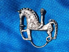 ETRUSCAN Peggy Yunque NYC SIGNED Nordic Norse Norway Horse Rider Museum Quality Sterling Silver Pin Brooch