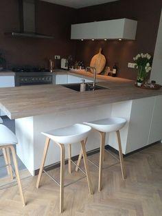 Idée décoration et relooking Salon Tendance Image Description Binnenkijken bij aniela78 – Blij met de senti hoogglans keuken van kvik.