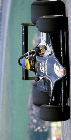 2017/8/14:Twitter:@Stuart_Dent : Ronnie Peterson won at the Österreichring OTDI 1978. Sadly, it proved to be his final GP win… #F1 #SuperSwede