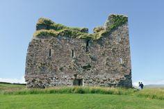 Irish castle elopement, seaside castle ruins elope wedding ceremony