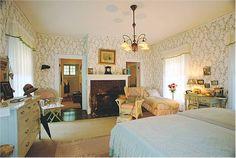 Inside the Edison & Ford Winter Estates