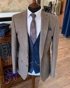 @whitfieldandward posted to Instagram: WEDDING SUIT INSPIRATION - a brown tweed suit layered with tones of blue is the perfect wedding suit any season 😎  If you marry in April, May or June 2021 please call us to book - we have our last few hire suit slots available.  Call us on 01625 535656 to book ☎ Brown Tweed Suit, Tweed Suits, Men's Suits, Tweed Wedding Suits, Smart Men, Instagram Wedding, Perfect Wedding, Men's Fashion, June