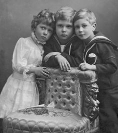 Heirs: Princess Mary, the Queen's father George VI and Edward VIII