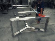 Estructura para mesa de exterior. Acero inoxidable satinado