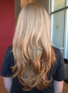 Subtle reverse ombre & love her long layers & style!