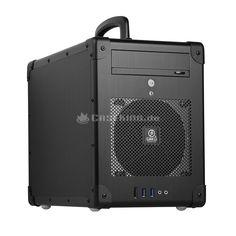 Lian Li PC-TU200B Mini-ITX Cube in schwarz. Bei Lian Li, dem fernöstlichen Gehäusebauer, der für seine außerordentlich hohe Qualität bekannt und geschätzt ist, hat man dieses Problem erkannt und schafft mit dem PC-TU200B nun ultimativ Abhilfe. Das schwarze Aluminium-Case vereint die von Lian Li gewohnte Edel-Optik mit den praktischen Aspekten eines solchen Flightcases.