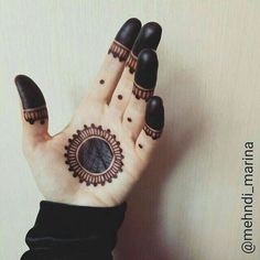 Nice n simple Mehndi design Henna Hand Designs, Mehndi Designs Finger, Palm Mehndi Design, Mehndi Designs Book, Modern Mehndi Designs, Mehndi Designs For Beginners, Mehndi Designs For Girls, Mehndi Design Photos, Beautiful Mehndi Design