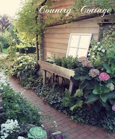 My Country Cottage Garden: Autumn Decor in the Backyard