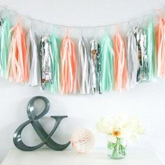 Sweet As A Peach Baby Shower Ideas! Beautiful decoration ideas for a girl baby shower! Cute Baby Shower Ideas, Baby Shower Vintage, Baby Shower Favors, Baby Shower Themes, Tassel Garland, Tassels, Peach Baby Shower, Tissue Paper Garlands, Fall Baby