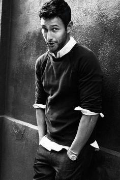 Model/actor Noah Mills poses for August Man on March 2012 in New. Mode Masculine, Sharp Dressed Man, Well Dressed Men, Casual Chique, Style Masculin, Look Man, Hommes Sexy, Raining Men, Men's Wardrobe