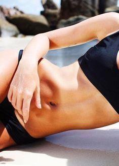 Bauchmuskeln stehen