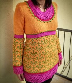 A very colorful sweater. It combines the various techniques for a unique style.