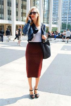 Proportion is very important: short cardigan with Big bag