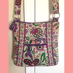Vera Bradley Bag Super cute Vera Bradley Bag. It's in great condition, just sits in my closet. Honestly just needs a run through the wash! Vera Bradley Bags Shoulder Bags