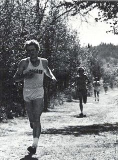 Oregon cross country 1979. From the 1980 Oregana (University of Oregon yearbook). www.CampusAttic.com